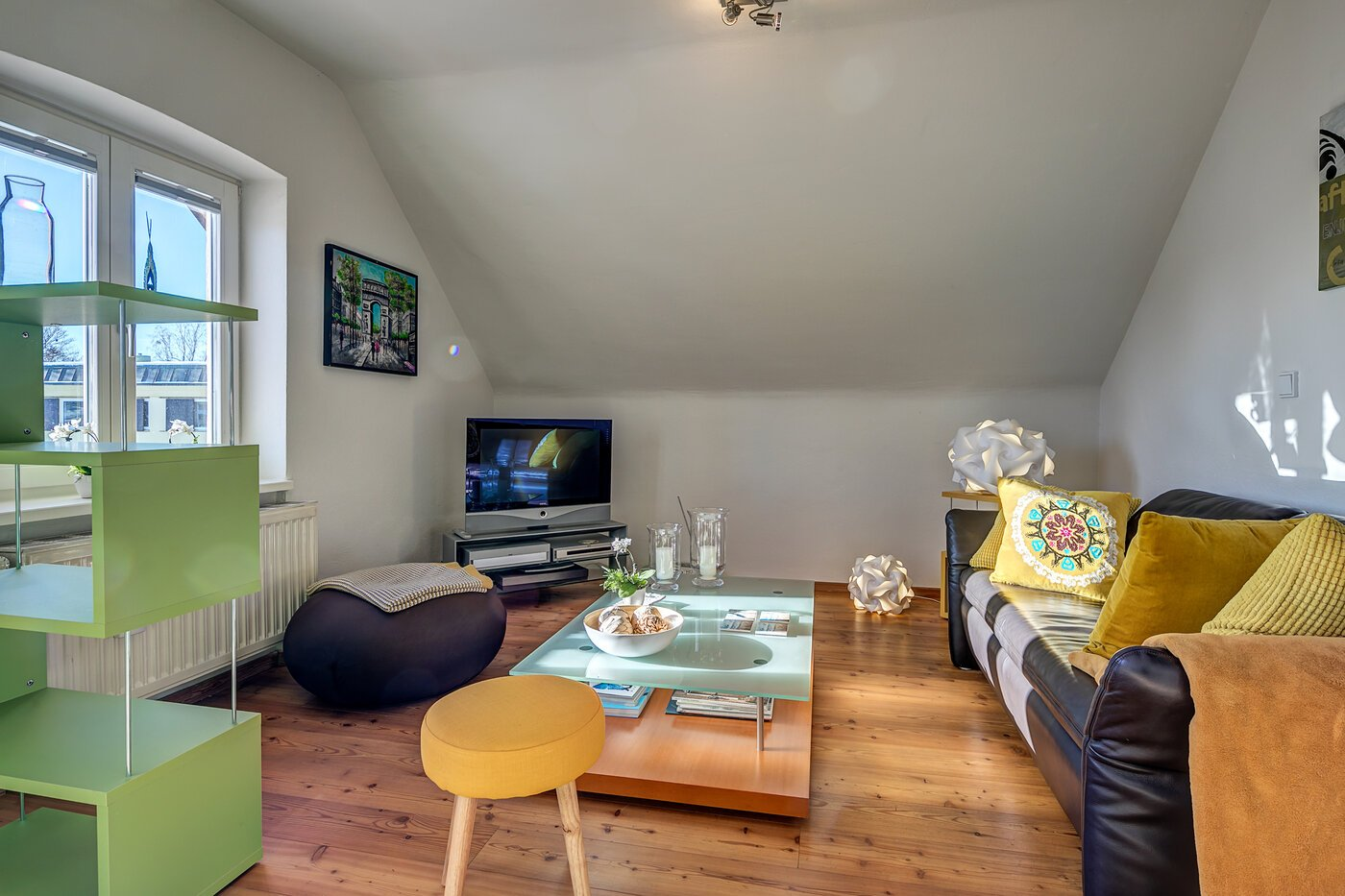 2 pi ces appartement meubl jardin d hiver starnberg 10874. Black Bedroom Furniture Sets. Home Design Ideas