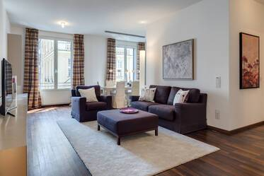 Premium: High-quality furnished 2-room apartment in the ALTER HOF, Munich-Altstadt